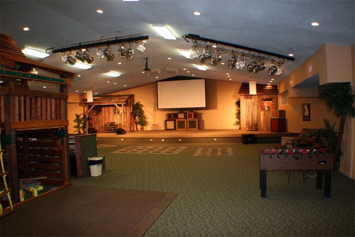 Church youth group room designs joy studio design for Modern church youth building design